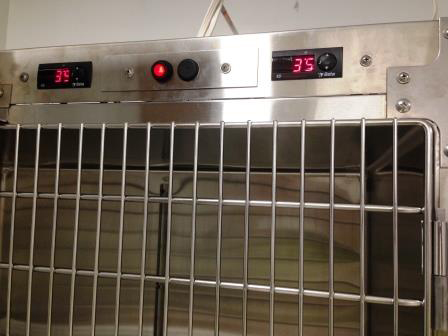 Cage heating system 30